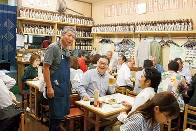 店主の福井さんは、実際に漁師をしていた経験も/湯浅港