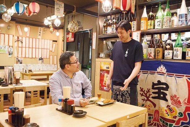 【写真を見る】フードもドリンクもとにかくお安く提供中!/梅田産直市場 第3ビル店