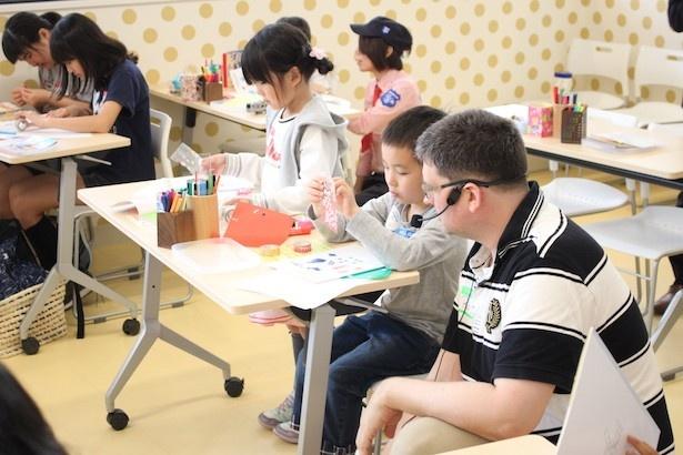 対象は小学生低学年以下の英語学習を本格的に始める前の子ども