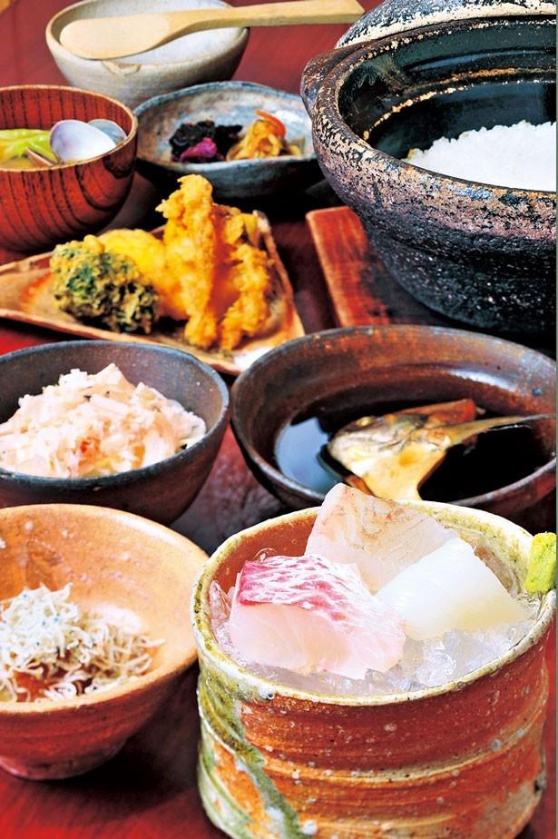 新鮮な魚介を使った「昼の定食」(1620円)/粋魚 むらばやし