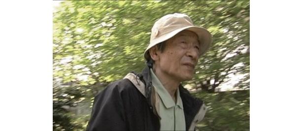 『一万年、後....。』などを手掛ける沖島勲監督が、本作では監督と主演を兼任