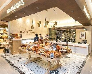 菓子パン専門店「Viennoiserie JEAN FRANCOIS」