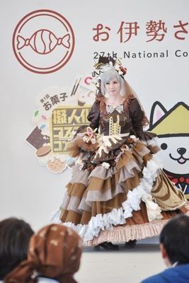 チョコレートの擬人化コスプレ「ショコラティ メル」(桃井鈴さん)