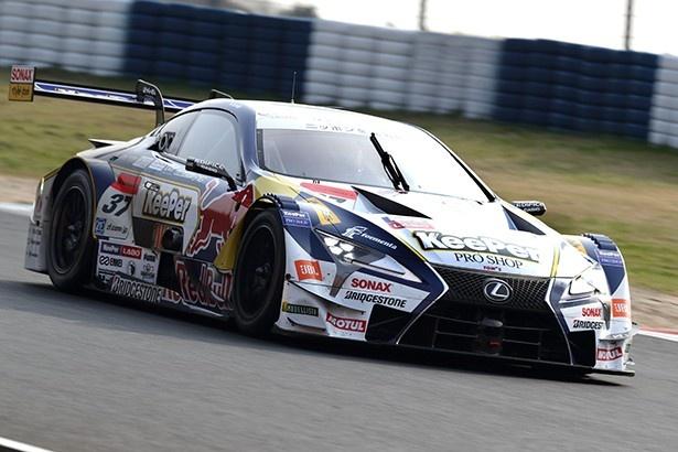 開幕戦の岡山で勝利した37号車