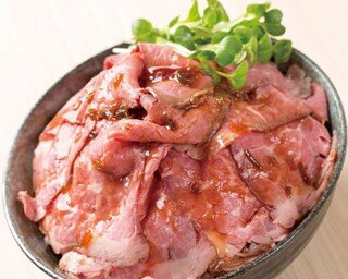 【全国ご当地どんぶり博】日本全国の人気の丼と麺が集合する。海鮮や肉などその土地の名物を使用した丼を食べつくそう/'17食博覧会・大阪