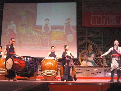 1stステージ終了後には京都の和太鼓集団、バチホリックの演奏が!