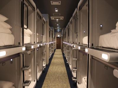 床数は154床。女性専用エリアも完備されている