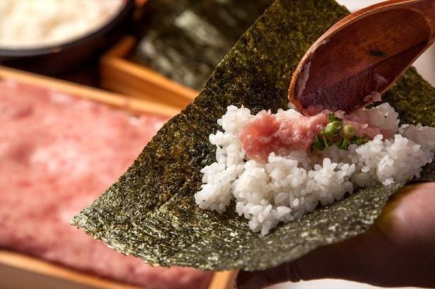 「ネギトロ手巻き寿司」も食べ放題で楽しめる