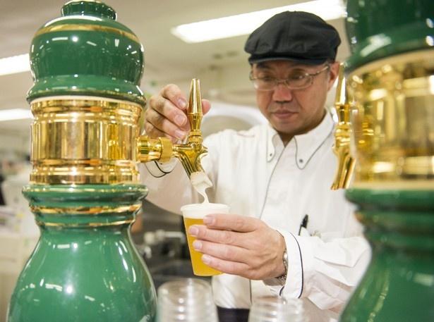 「富士桜高原麦酒」は「ラオホ」や「ピルス」などを飲み比べできる(4種1000円)