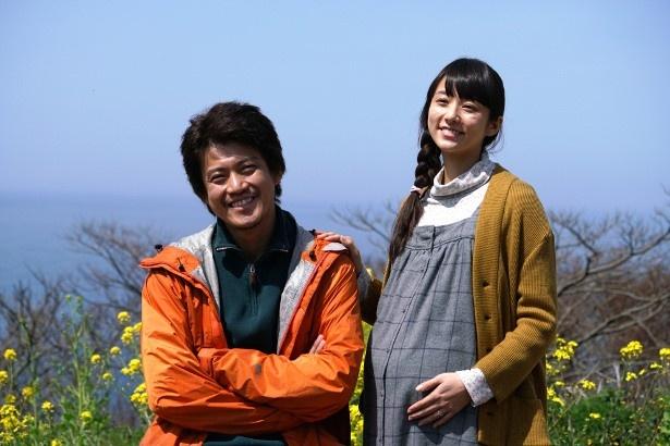 田所啓太(小栗旬)の妻(木村文乃)は妊娠中