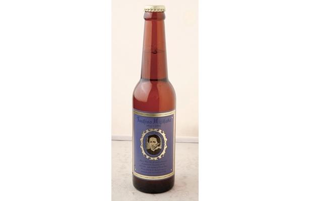 「歳三ビール」(380円)は、「新撰組グッズ専門店 池田屋」で販売