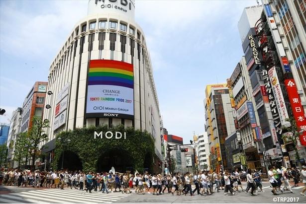 「東京レインボープライド2017」パレードの様子