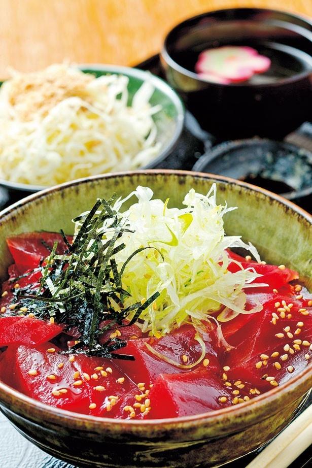 ブツ切りのマグロがたっぷり!「まぐろブツ丼」(850円)/三代目うめきち