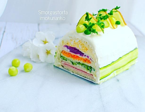 スウェーデン生まれの「サンドウィッチスモーガストルタ」