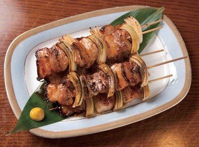 第2位は、室蘭の「室蘭やきとり」(北海道FOOD BEERHALL GINZA LION 恵比寿ガーデンプレイス店)