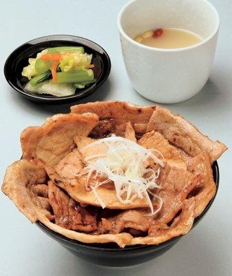 第6位は、帯広の「豚丼」(花畑牧場 ホエー豚亭 東京青山店)