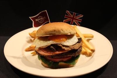 ロンドンの朝食を楽しめるバーガー