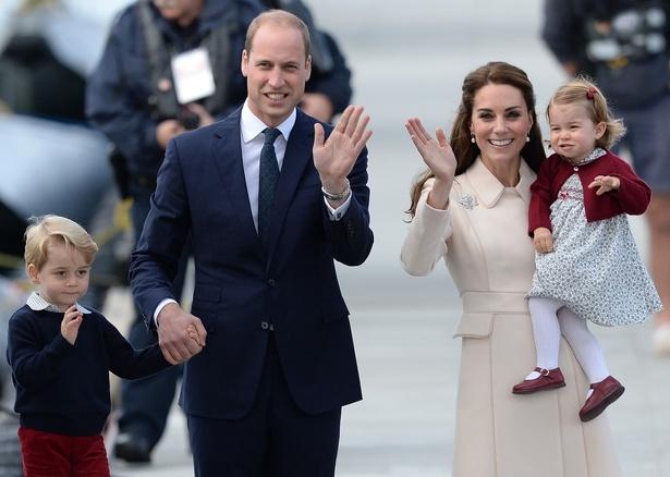 世界中から注目を集めているジョージ王子&シャーロット王女