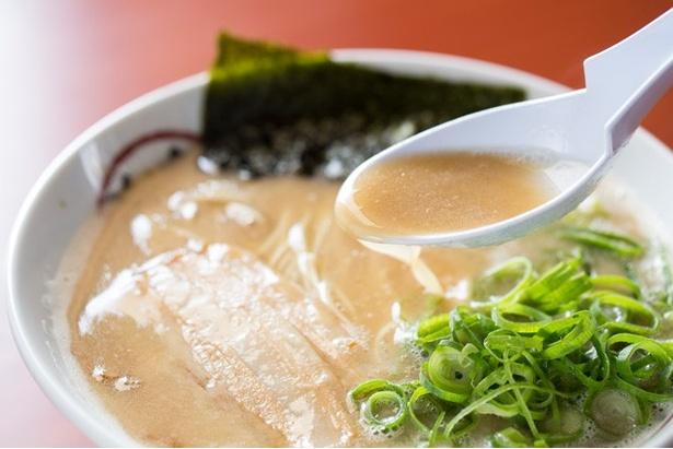 スープの濃度の高さは北九州随一!