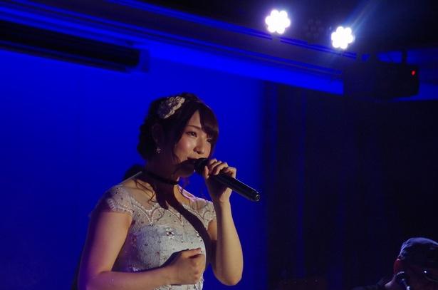 1曲目はme-me*の時に作られた「ありがとう~Dream box~」(me-me*)
