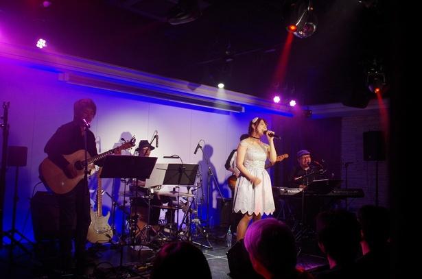 2曲目は「アナと雪の女王」の曲「生まれてはじめて」(神田沙也加&松たか子)を熱唱
