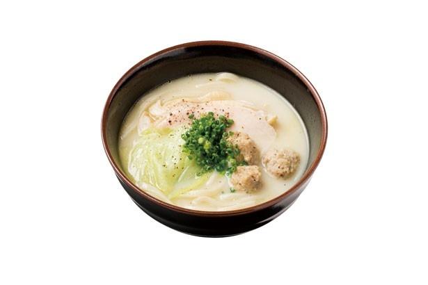シメに外せないと人気の鶏白湯あつかけうどん(980円)