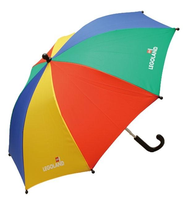 「キッズ用傘」(1800円)。ひと目で「レゴ®!」とわかるデザイン。雨の日もこれなら気分は晴れ/レゴランド®・ジャパン