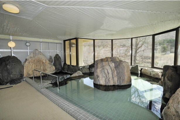 滝上町/「童話村たきのうえホテル渓谷」大浴場