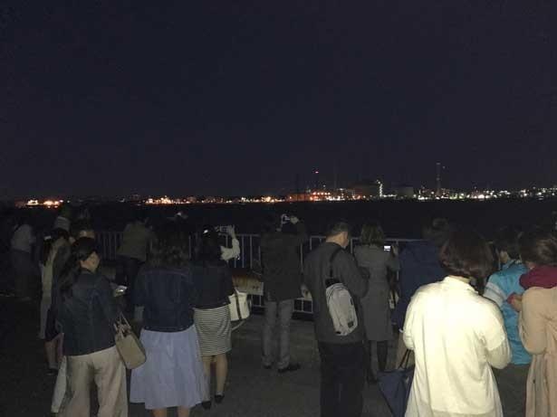 築港浜寺西町は対岸の工場夜景を楽しめるスポット