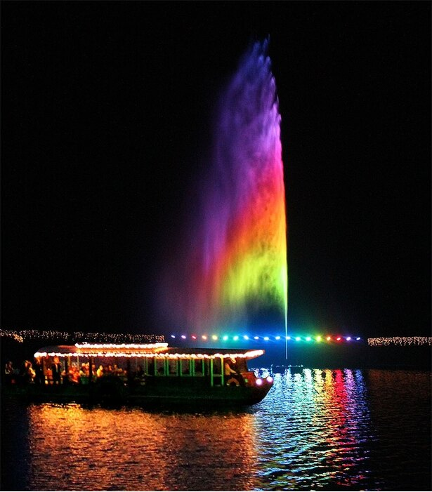 那須高原唯一の湖を中心に、乗り物や動物、食事、買物を楽しめる