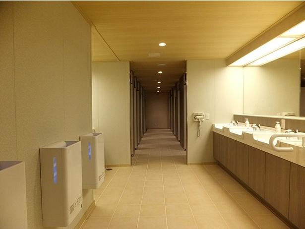 レストルームも環境に優しい設備を採用