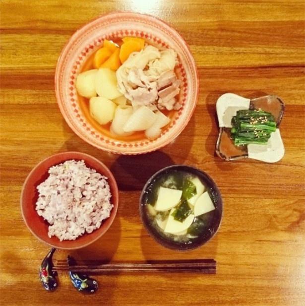 先日はおいしそうな料理(ふみ飯)写真を公開した