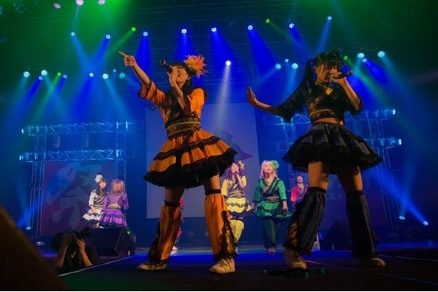 5月17日には、初日となる「FES☆TIVE4周年ワンマンライブ『ワッショイワンダーランド2Days』~乱舞~」を開催