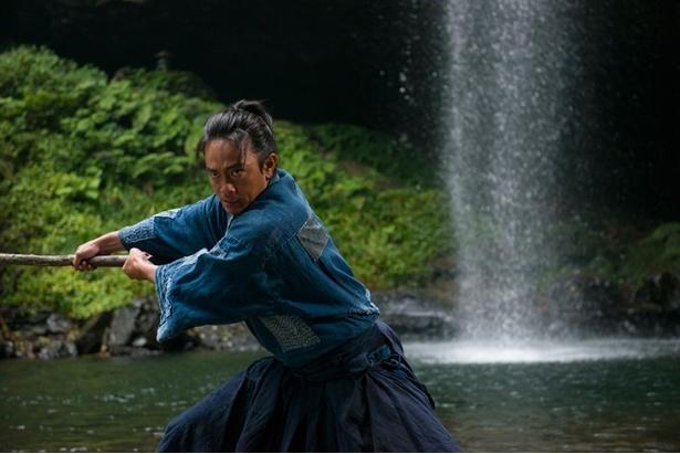 映画「たたら侍」は、T・ジョイ博多、ユナイテッド・シネマキャナルシティ13、中洲大洋ほか全国にて5/20(土)から公開となる