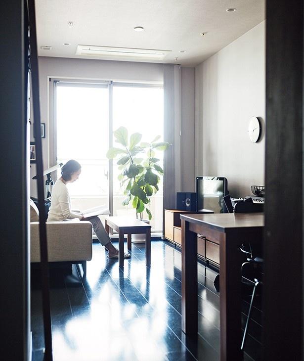 スモールスペースでの暮らしを快適にするための情報を発信している、さいとうきいさん宅のリビング