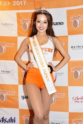【写真を見る】グランプリに輝いたHIKAさんをはじめ、魅力的な美女が勢ぞろい!