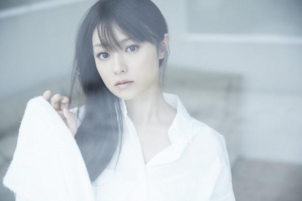 7月期ドラマ「ハロー張りネズミ」には、ミステリアスなヒロイン・四俵蘭子役で出演が決まった