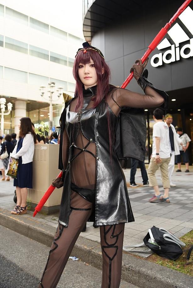 「Fate/Grand Order」のスカサハに扮する あおだいふくさん