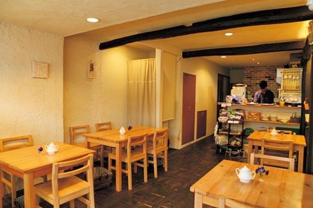 店主ご夫婦によるアットホームなもてなしも、紅茶のおいしさに直結する/紅茶専門店 ティーホリック