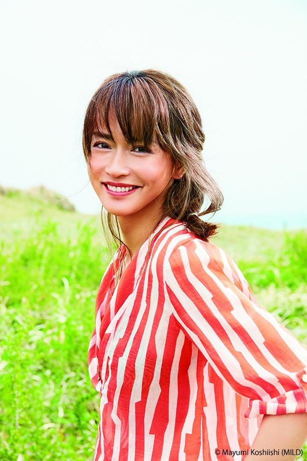 大人向け美容誌「&ROSY」で初めての表紙を飾った長谷川京子