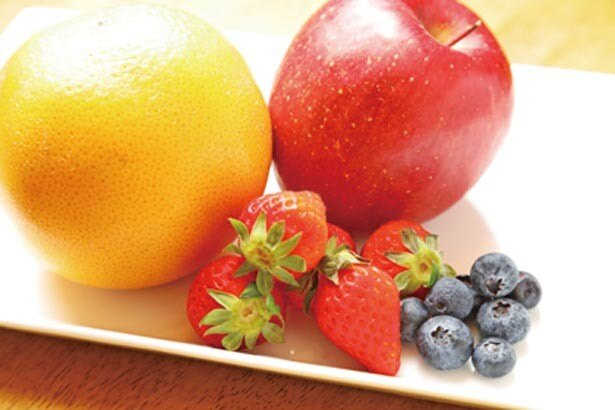 シンプルなセイロンブレンドがフルーツの自然な甘味とマッチ。ピーチ味のジュレがアクセントに/NORTH LOUNGE 北欧館