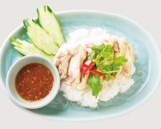 クルン・サイアム 中目黒店の「カオマンガイ」(1000円)は鶏の旨味がギュッと凝縮したひと皿