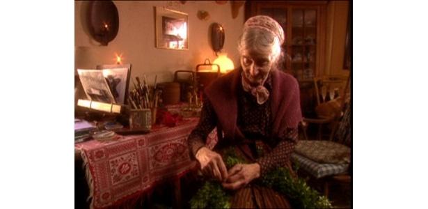 ターシャ・テューダーさんの伝統的なクリスマス・スタイルも必見!