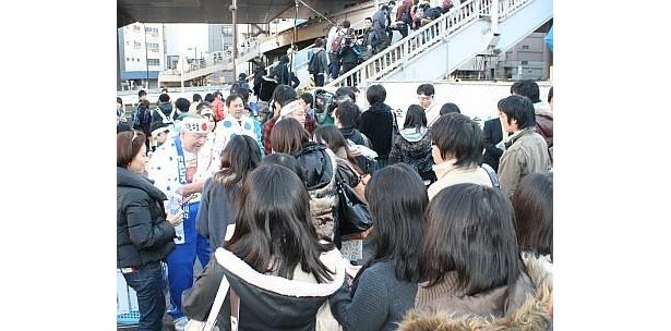 浜口さんの周囲には受験生が大集合