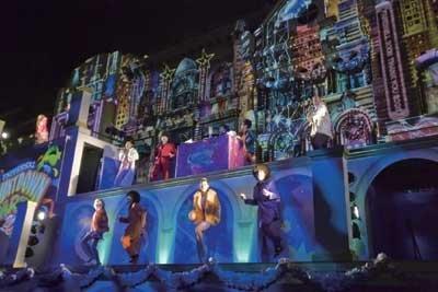 「ユニバーサル・カウントダウン・パーティ2010」の見どころを写真でチェック!