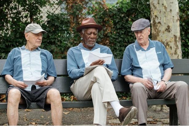 名優フリーマン、ケイン、アーキンが仲良し3人組を演じる