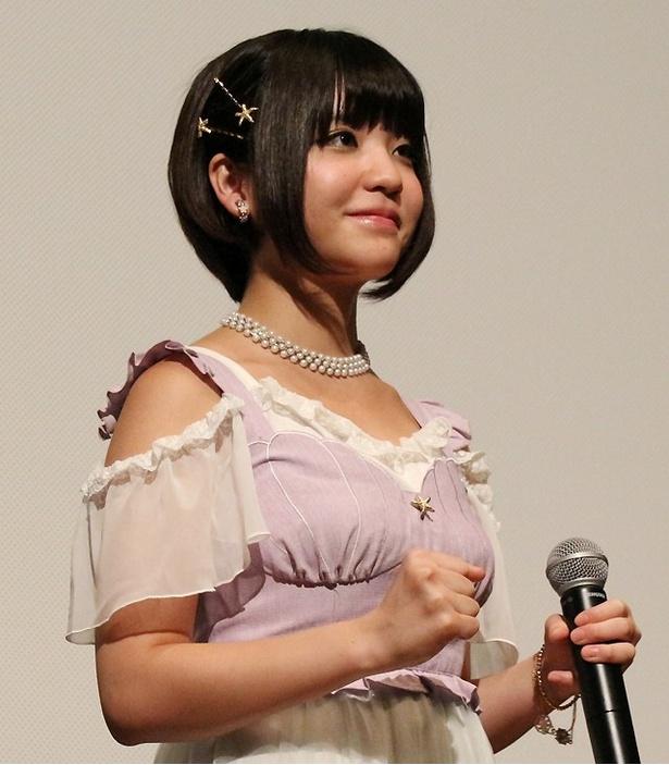 虹のコンキスタドール・ねも(根本凪)が「トモダチゲーム 劇場版」の初日舞台挨拶に登壇