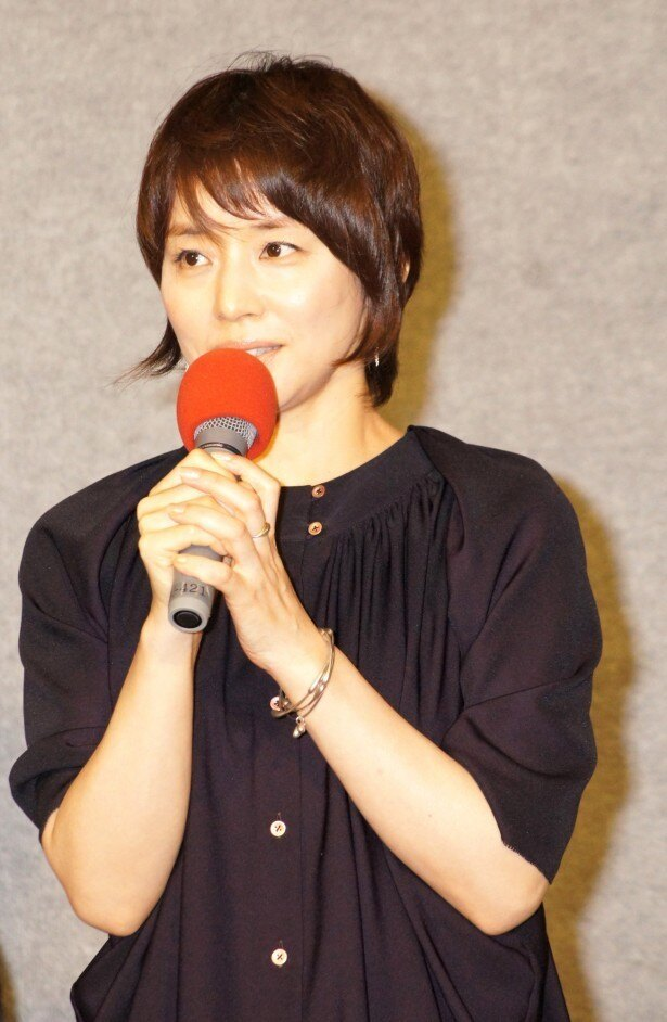 石田ゆり子がInstagramでフォロワー100万人を報告