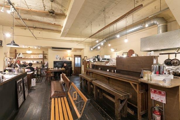 昭和レトロな店内/ONSAYA COFFEE 奉還町店