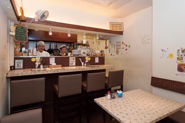 店主の池田夫婦が作り出すアットホームな雰囲気も、地元の人から愛される秘密/プリモぐりる